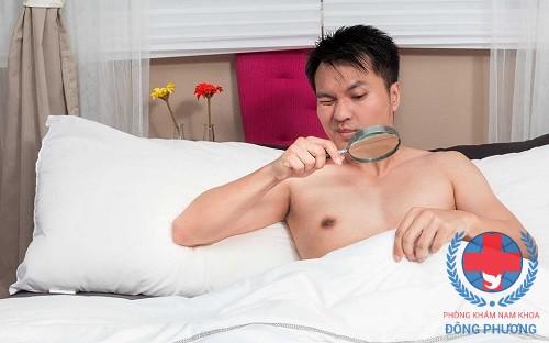 Đau tinh hoàn là triệu chứng của bệnh gì?