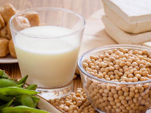Thực hư chuyện uống sữa đậu nành gây vô sinh